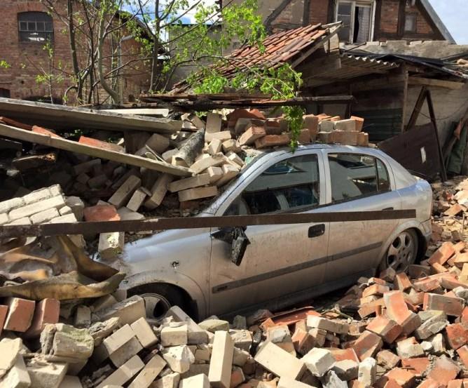 Bützow Tornadoschaden Auto © Marco Kaschuba