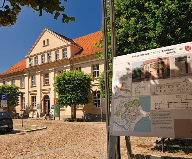 Fürstenberg/Havel Stadtinformation © Frank Liebke