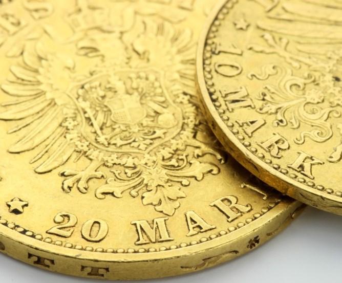 geldanlage-muenzen-goldmark © Fotolia.com