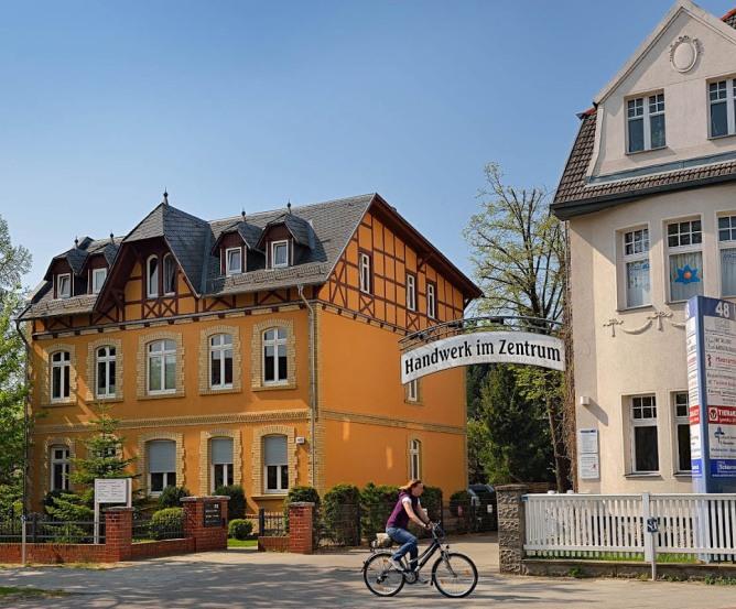 gro es interesse an gewerbeverein in hohen neuendorf ughn. Black Bedroom Furniture Sets. Home Design Ideas