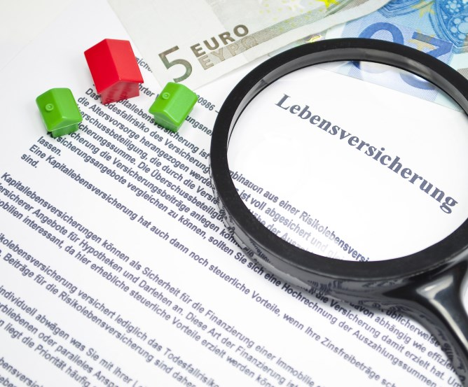 Risikolebensversicherung - Finanzierung - Hinterbliebenenschutz