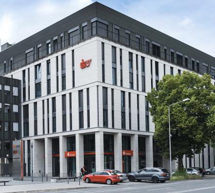 SV SparkassenVersicherung Holding AG in Wiesbaden © SV SparkassenVersicherung / Reinhard Berg